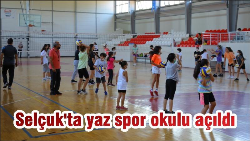 Selçuk'ta yaz spor okulu açıldı